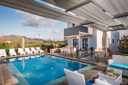 Polo Villas 3 Chania, Crete - Stavros