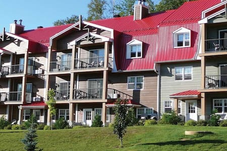 Wyndham Club GeoPremiere at Auberge du Lac Morency - Osakehuoneisto
