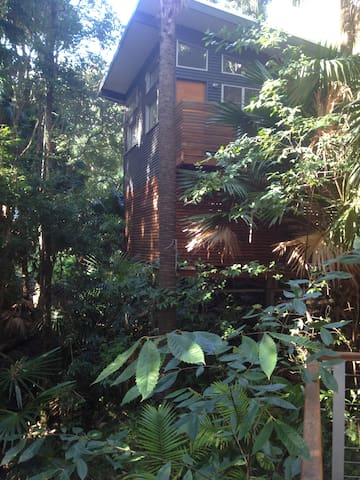 self contained tree house loft - Smiths Lake - ลอฟท์