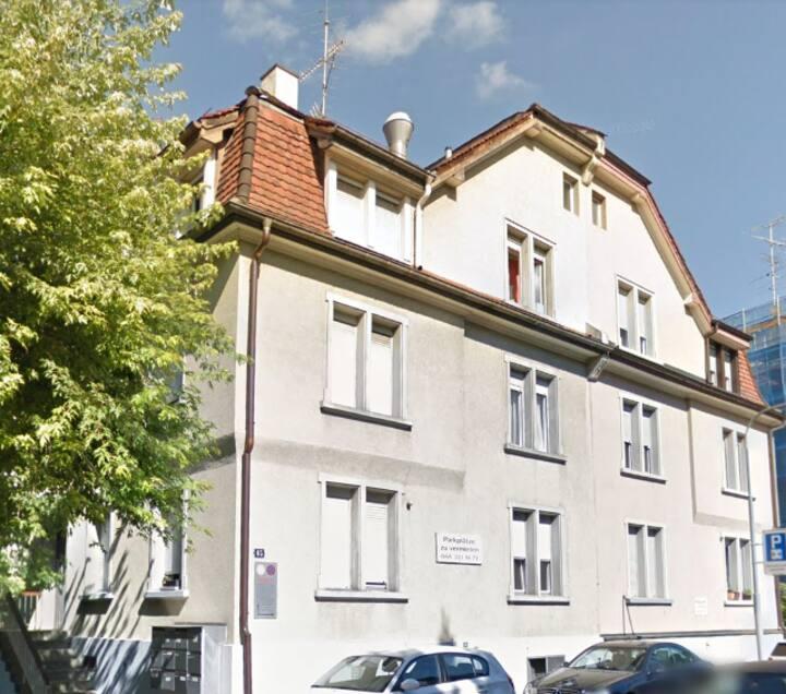 Furnished studio B in Zurich City