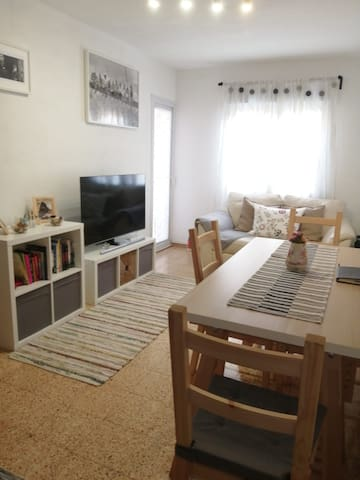 Lovely private room - 10min walk from Park Güell.