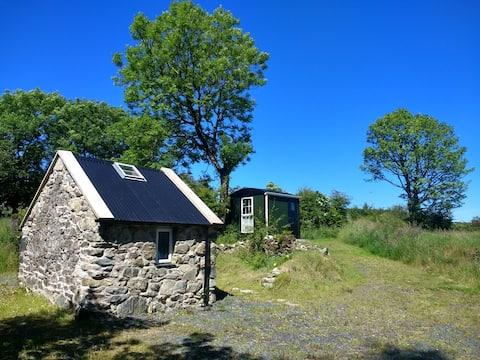 Shepherds Hut/Glamping Pod/Cabin Omagh,CoTyrone NI