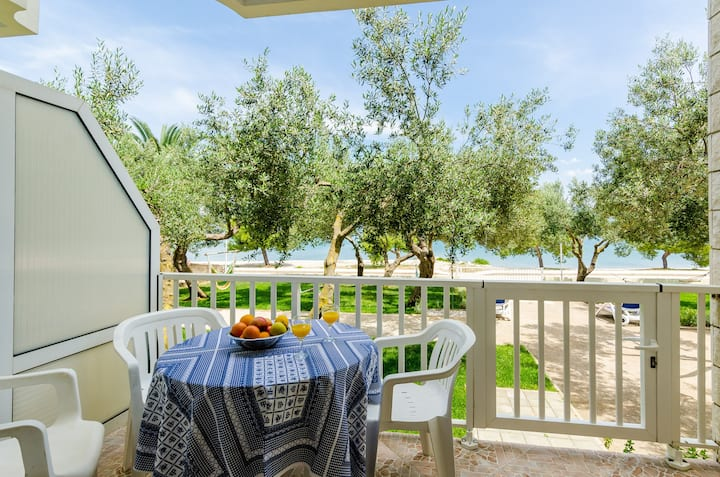 Apartments Glavor - Standard Studio Apartment with Terrace and Sea View