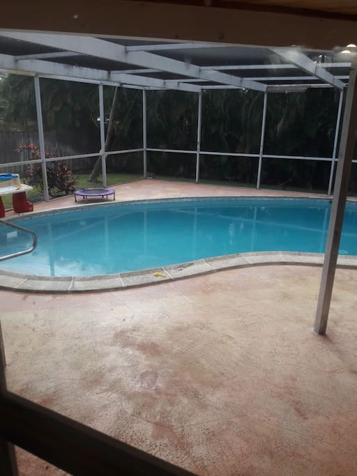 screened-in patio and pool