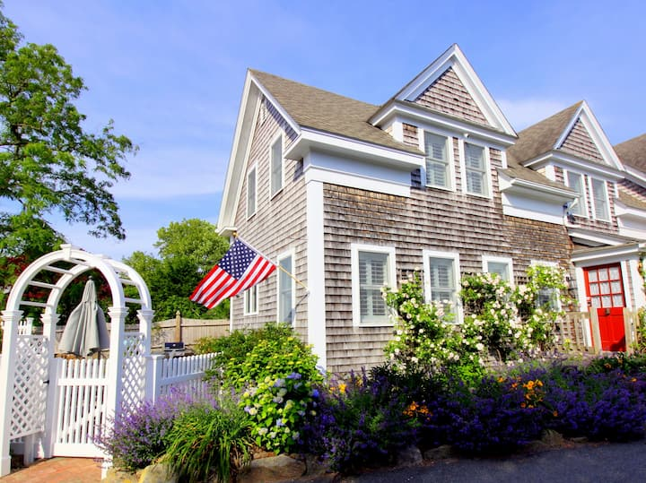 Chatham charm in the heart of town