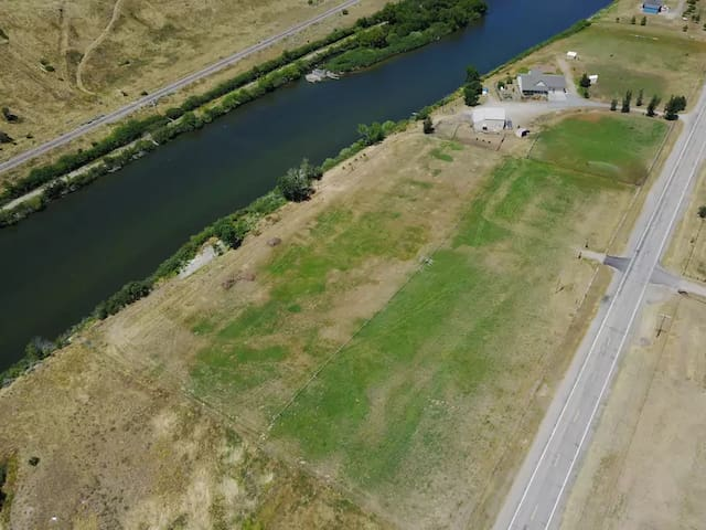 Total Eclipse Camping on Payette River near Boise