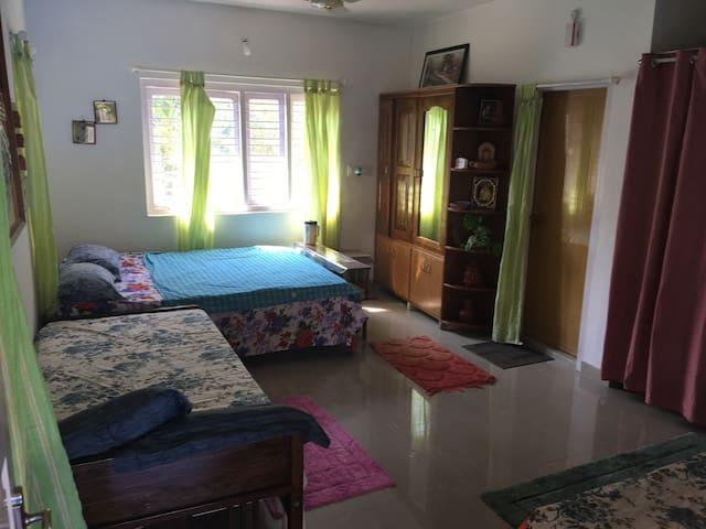 Guest House Virajpet - Virajpet - Maison