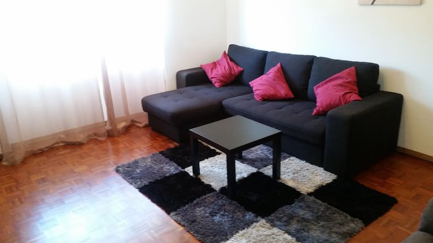 Sintra Hill flat apartamento próximo de Sintra - Rio de Mouro - Byt