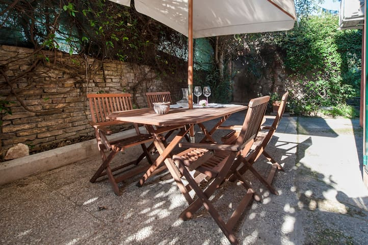 Apartment in rural Appia Antica
