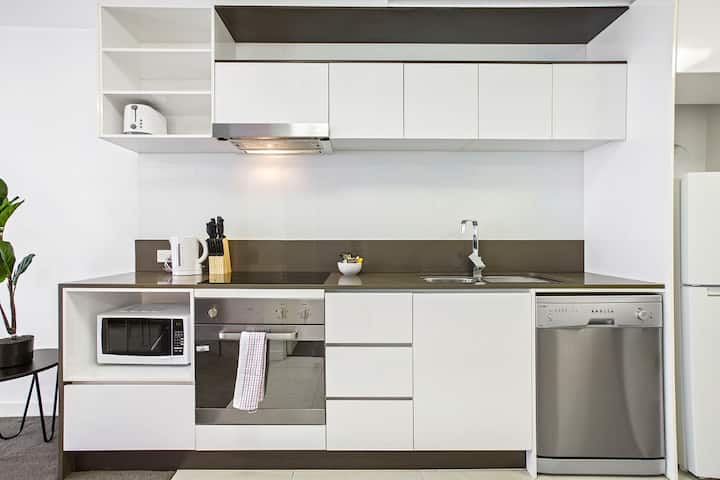 Domi Rentals - The Brunswick Apartment