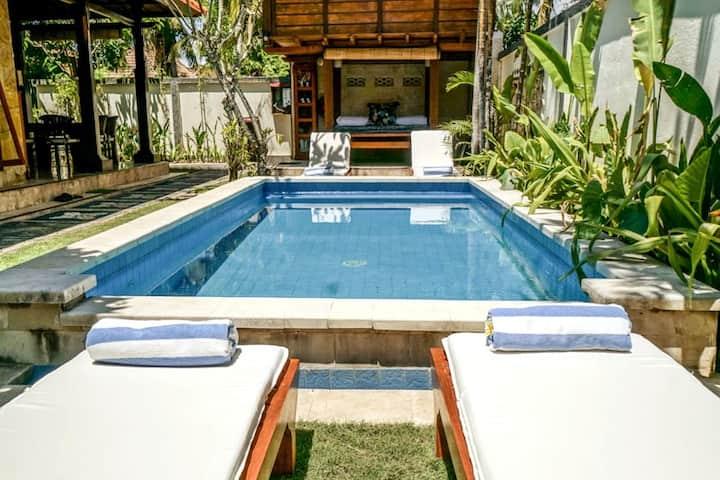 Villa Puaji - Cozy Private 2 BR House with pool