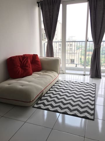 Cozy Apartemen near Aeon Mall and ICE BSD