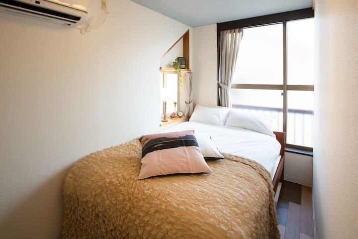 Room 202 (Semi double bed), floor 2
