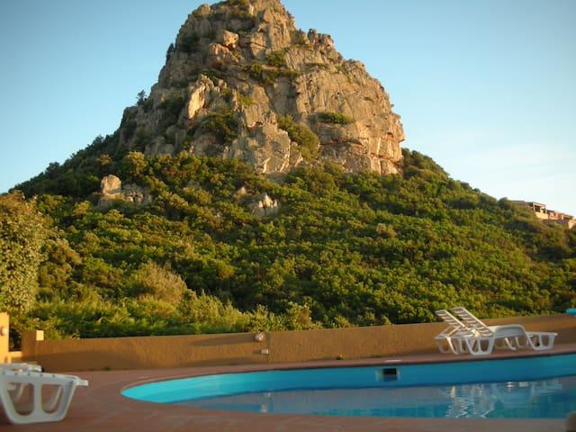 villa con piscina costa paradiso - Costa Paradiso - Lägenhet