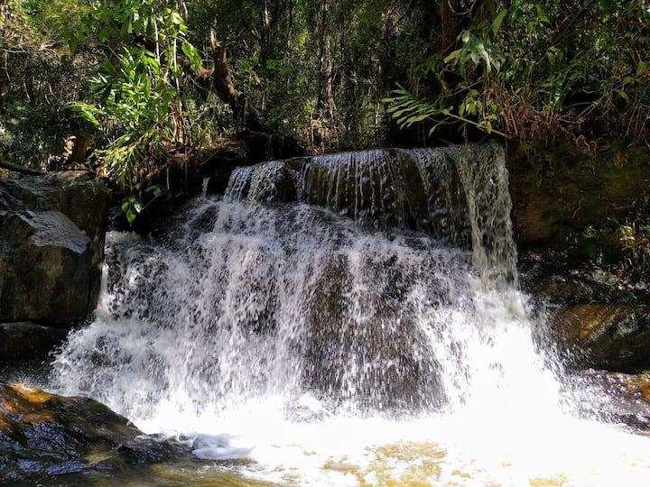 Chácara do Roncador, linda paisagem e cachoeiras