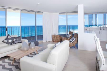 Absolute Beach - Main Beach - Appartamento