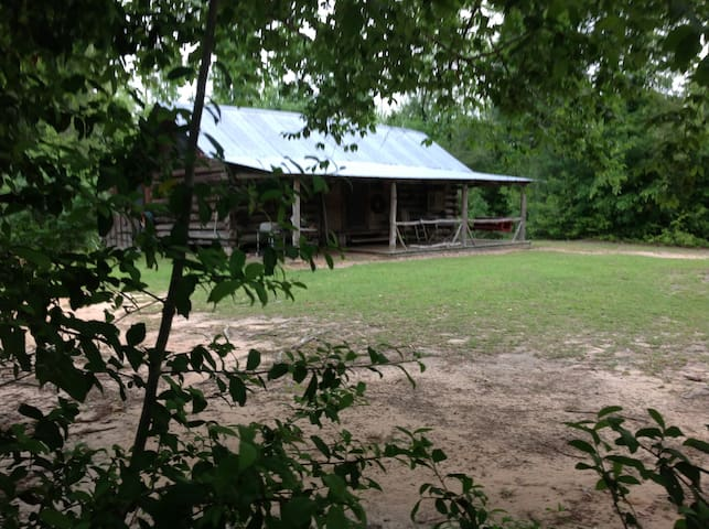 Historic Blueberry Hill Cabin