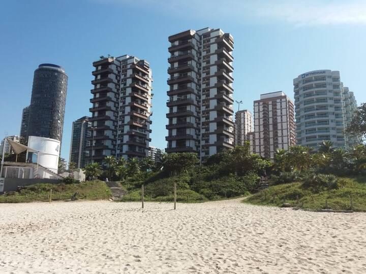 Barra (praia - posto 4) - apartamento p/6 pessoas