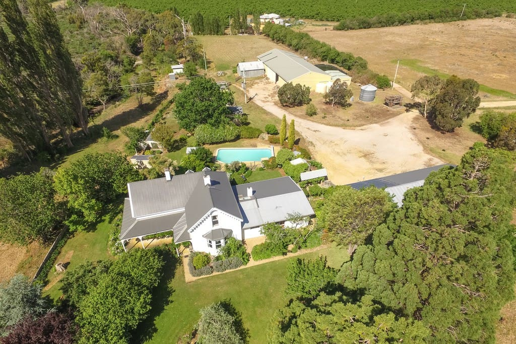 Aerial photograph of Belmont Homestead and its 14.5 acres.