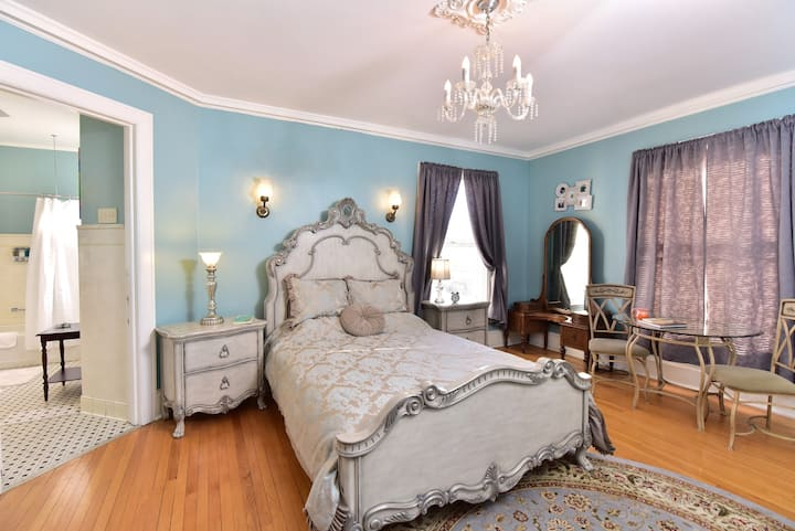 Ella and Fred Room - Ringling House Bed & Breakfast