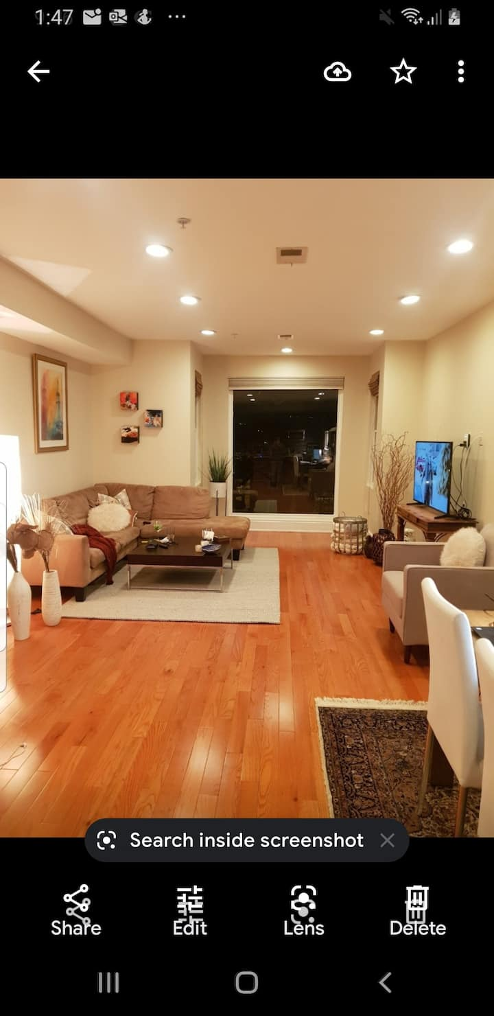 Gorgeous 2 bed, 2 bath in trendy Shaw, DC