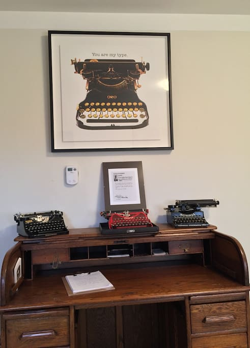 Inspirational artwork  and antique typewriters create a unique ambiance here. It is a perfect place to read, write and type your stories. Tell stories!