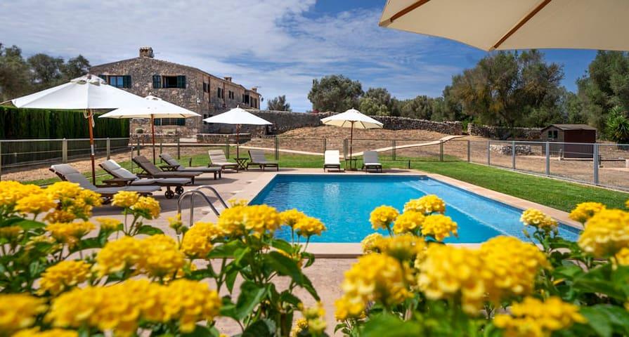 Apartamento en el campo con piscina cerca de Palma