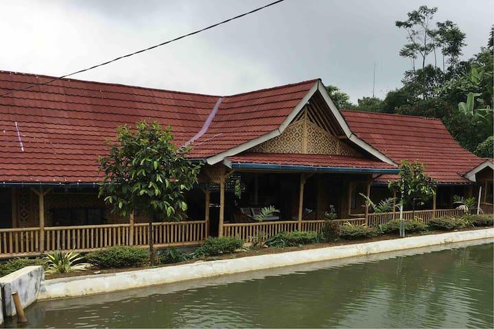 Villa 1 - Kamar Mangga