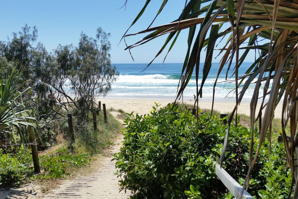 Walking track to the beach