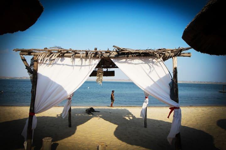 Macoco Resort -  a sua acomodação a beira mar
