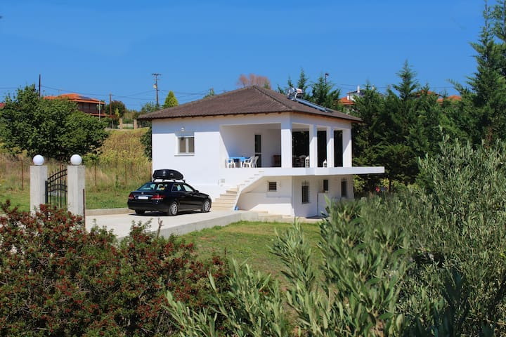 VILLA ELSTELA (great seaview!80m2 house!)