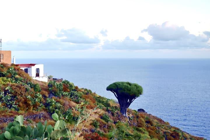 "Vacation home ""Casa Doro"" panoramic sea view"
