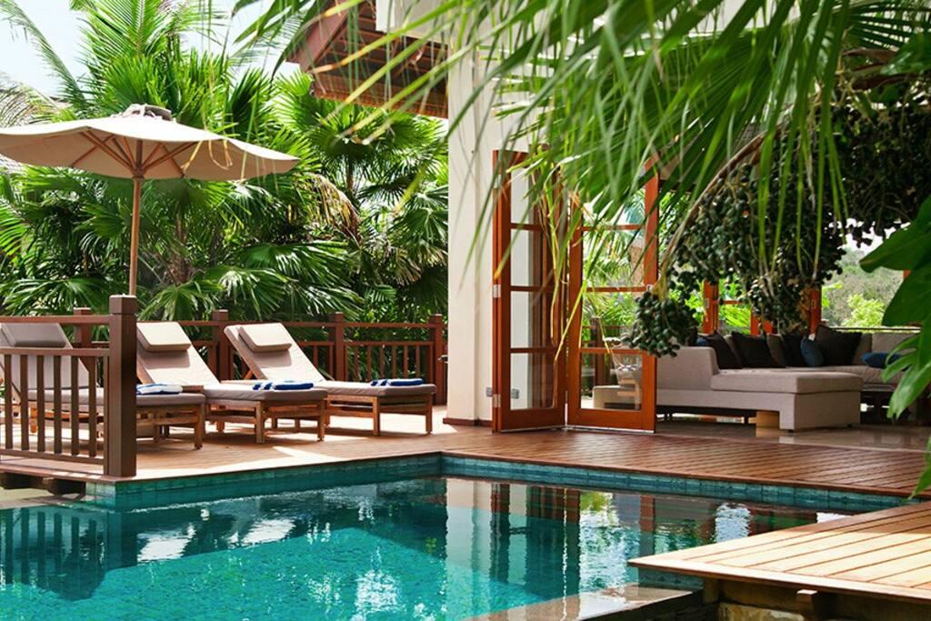 Villa Overview - Swimming Pool