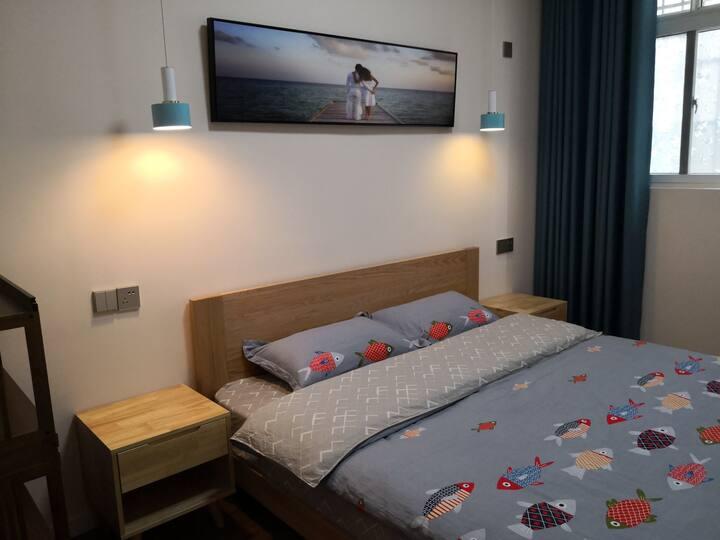 市中心北欧风格空调大床房