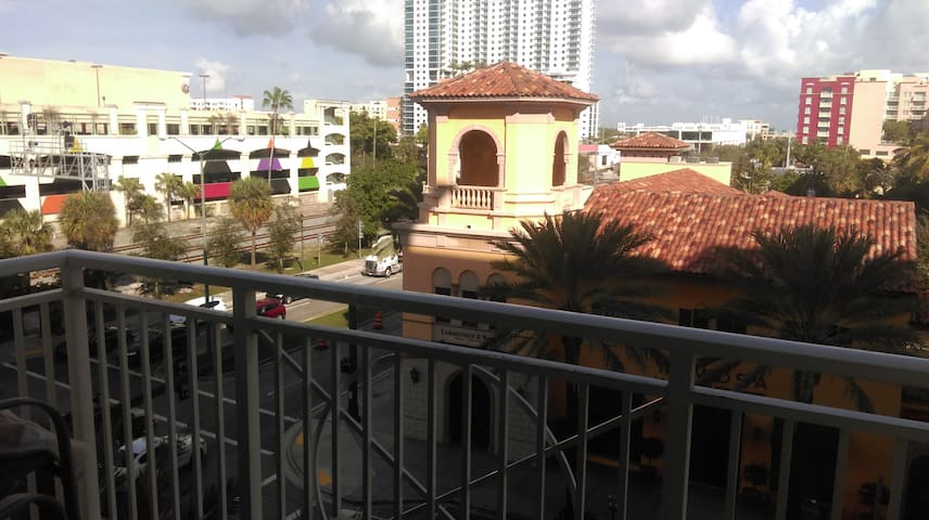 Private Bedroom in Downtown West Palm Beach