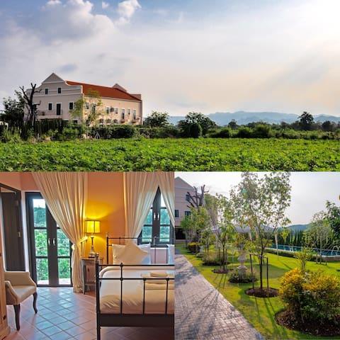 Villa near Khao Yai National Park - Pak Chong - Bed & Breakfast