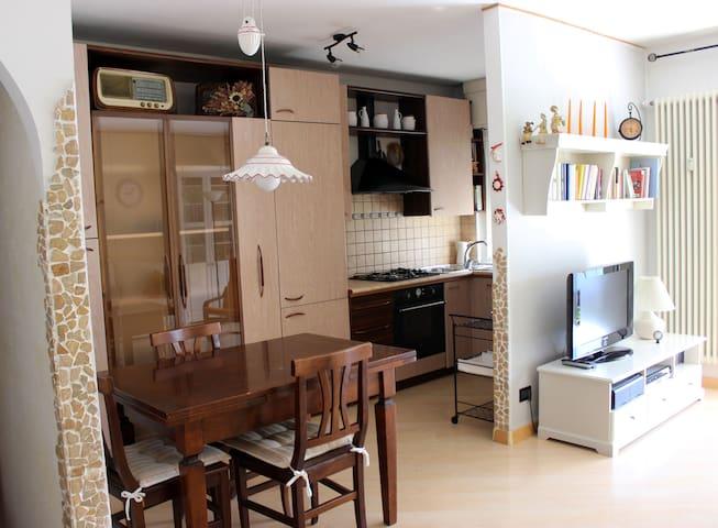zona residenziale tranquilla, 15 minuti dal centro - Trento - Pis
