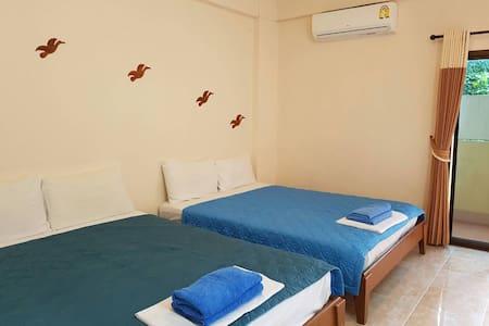 BanPunmanus บ้านปุณมนัส Family&Friend (4) - Krabi Noi - Apartmen