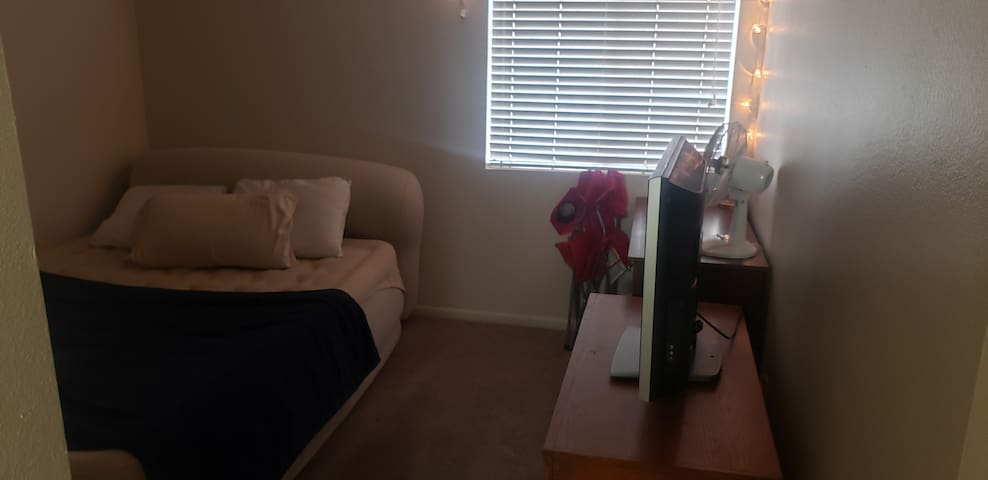 Cheap Apartment Stay