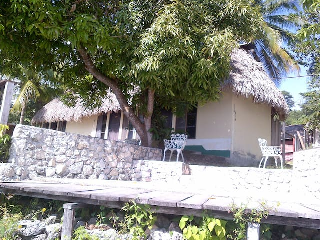 Beach Bungalow below a Maya Pyramid - Sunsets! #1 - Flores - Bungalov