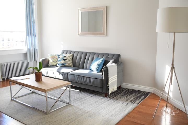 Spacious and charming room- CP North