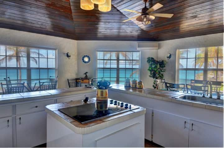 Tequila Sunset-Beach Front Home-Oleander Gardens