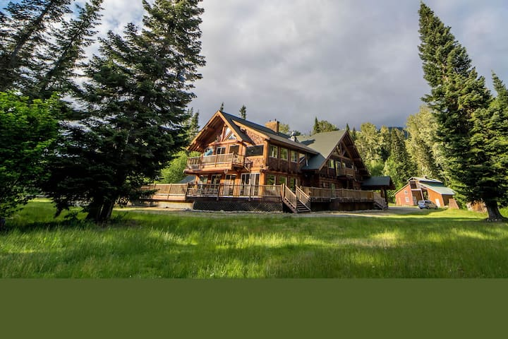 Cabin Creek Lodge- Sleeps 40+ Event Venue for 150+ - Easton - Wikt i opierunek