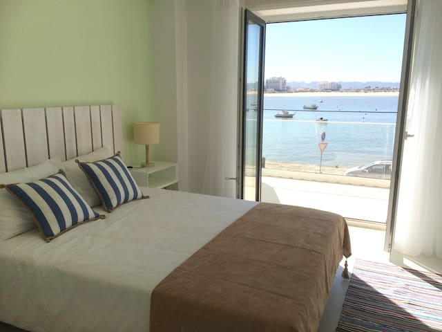 Waterfront in Sao Martinho do Porto - São Martinho do Porto - Apartamento