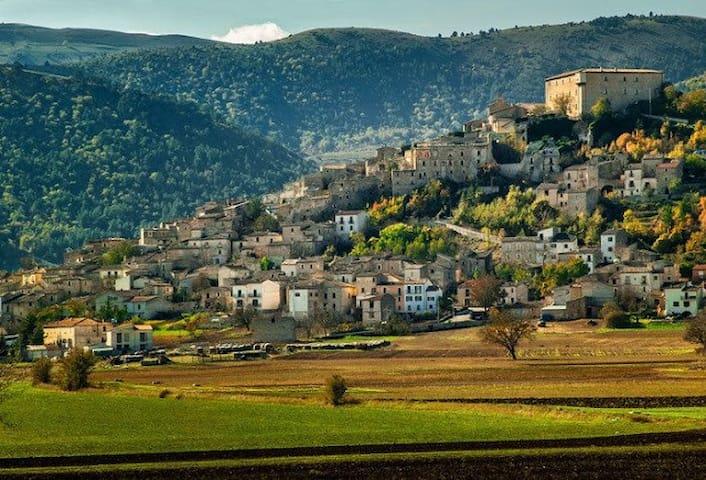 SOTTO LE VOLTE - Abruzzo,terra autentica da vivere - Navelli