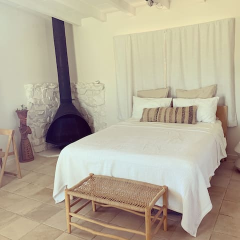 Mid century Casa Socorro, stars, views & serenity