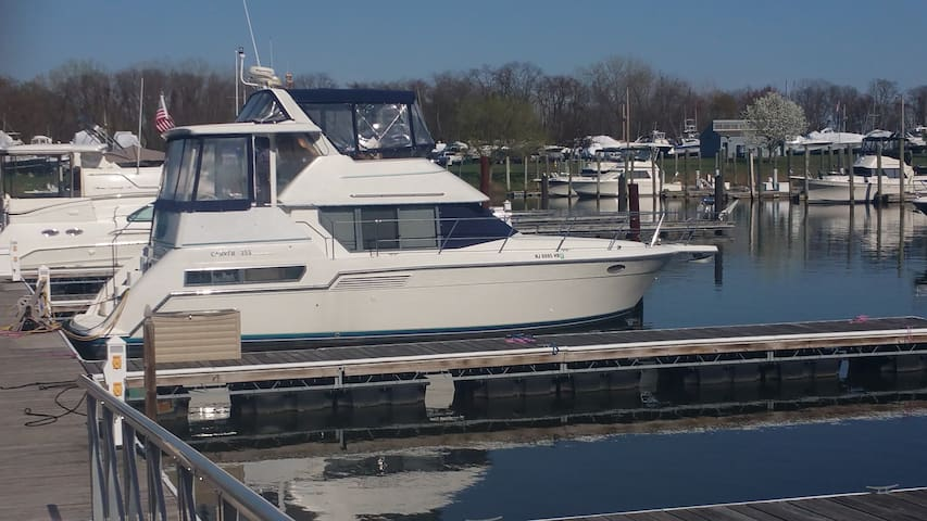40 Foot Yacht on the Delaware River