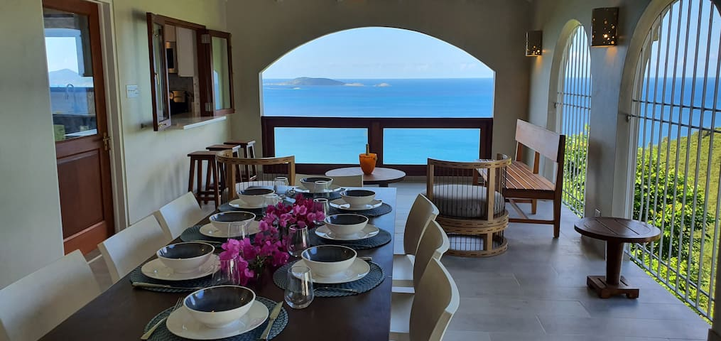 Dine on the covered patio whilst enjoying the amazing ocean view