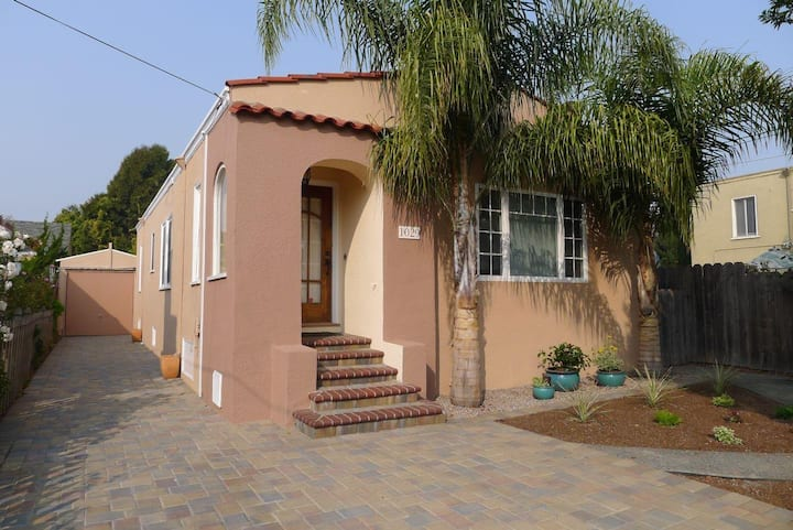 2 bedrooms, 1 story, single family home in Alameda