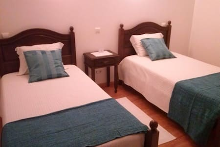fique em nossa casa - Óbidos Municipality - Bed & Breakfast